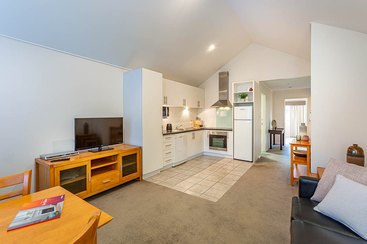 1 Bedroom Self Contained Upstairs Apartment - Prideaus of Margaret River